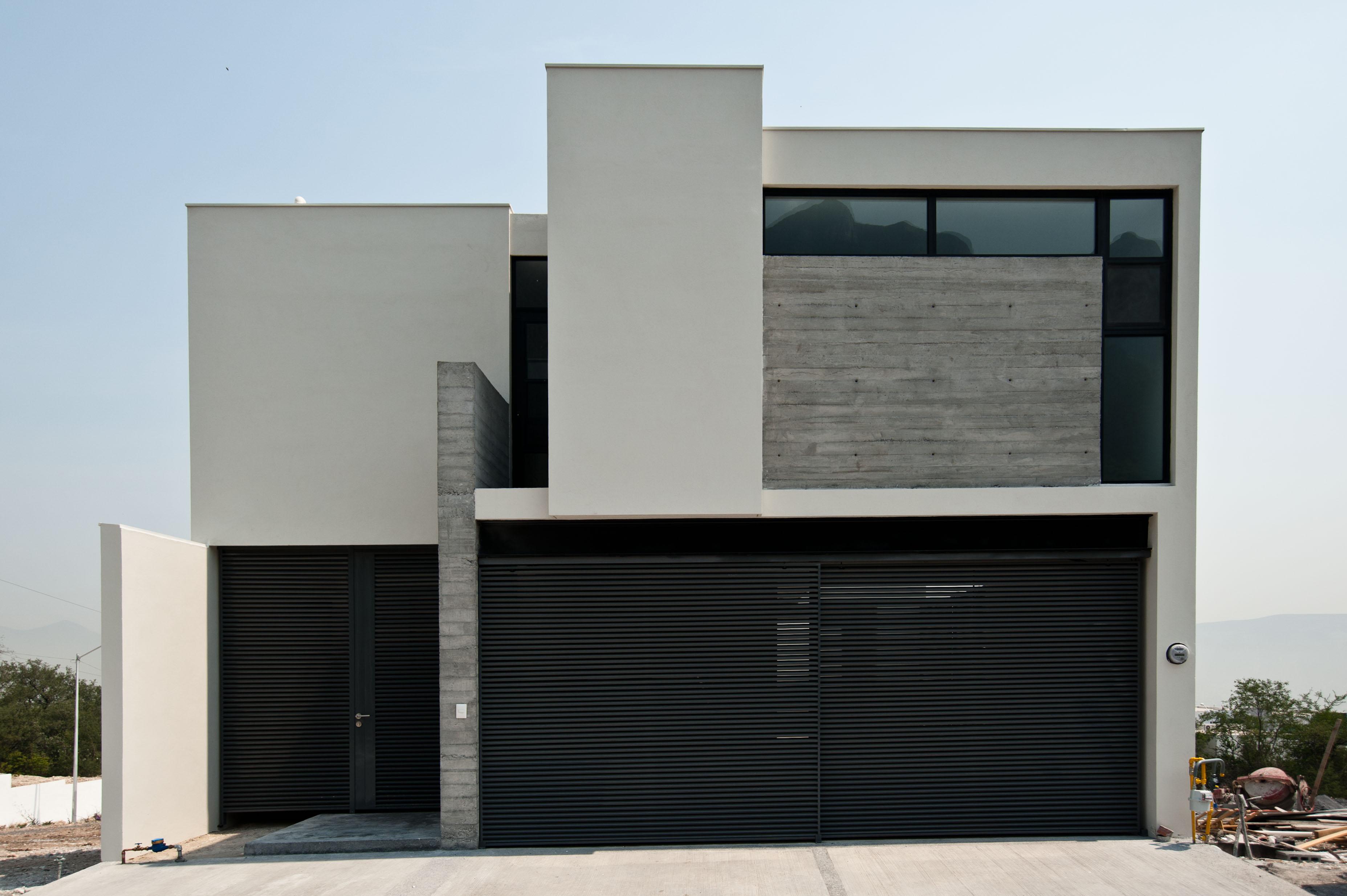 Edificaciones cien fachada de residencia estilo for Diseno de fachadas minimalistas