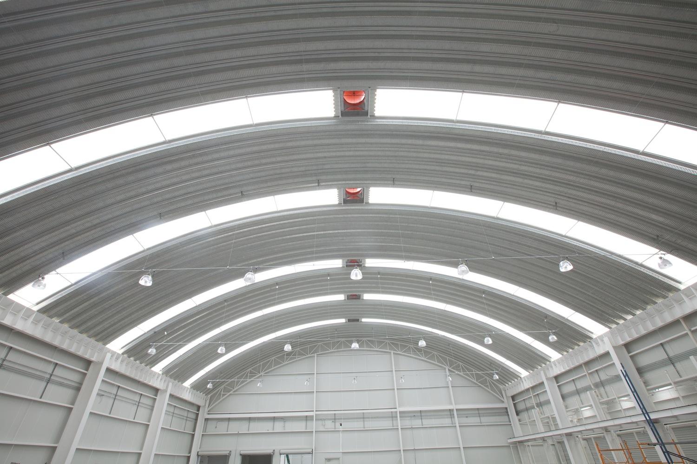 Construcci N De Estructura Met Lica Arco Techo Y Luminarias